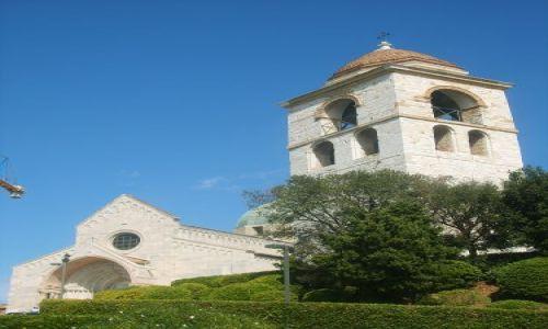 Zdjęcie WłOCHY / wybrzeże Adriatyku / Ancona / kościółek