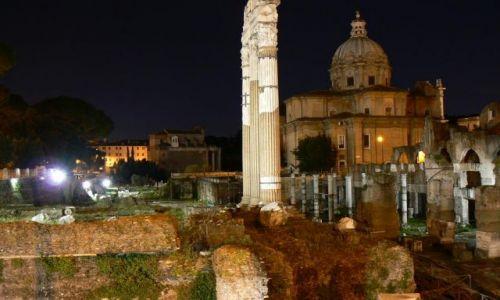 Zdjecie WłOCHY / brak / ROMA / Nocą to miasto też ładnie wygląda part 2