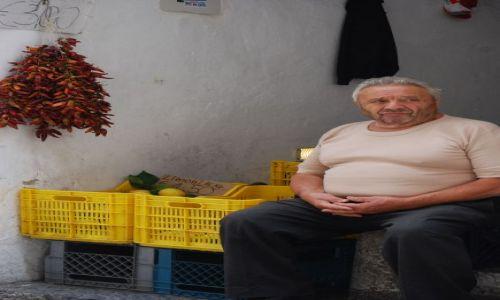 Zdjecie WłOCHY / Campania / Amalfi / sprzedawca peperoncino