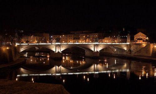 Zdjecie WłOCHY / Rzym / Most Wittorio Emmanuele / Rzym