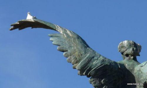 Zdjęcie WłOCHY / brak / Rzym / Rzym rzeźba na Moście Vittorio Emanuele