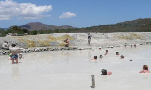 Zdjecie WłOCHY / Wyspy Liparyjskie / Salina / Kąpiel w gorącym błocie wulkanicznym