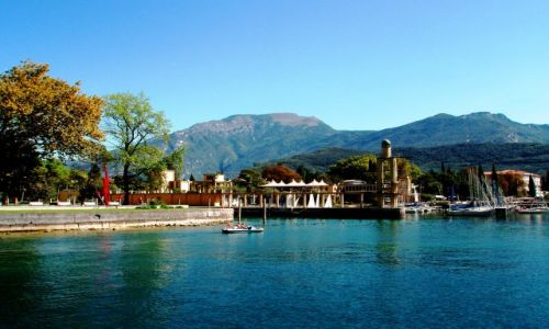 Zdjecie WłOCHY / Lombardia / Simione / Nad jeziorem Garda