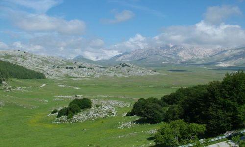 WłOCHY / Abruzja / Campo Imperatore. / Campo Imperatore,wielki plaskowyz pod Wielkim Rogiem