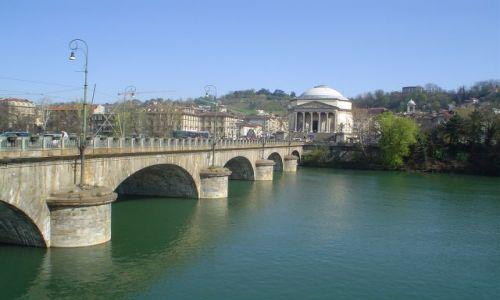 Zdjecie WłOCHY / Piemont / Turyn / Rzeka Po