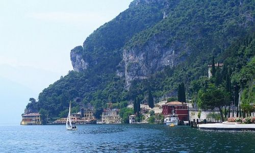 Zdjecie W�OCHY / Lago di Garda / Riva del Garda / Lago di Garda -