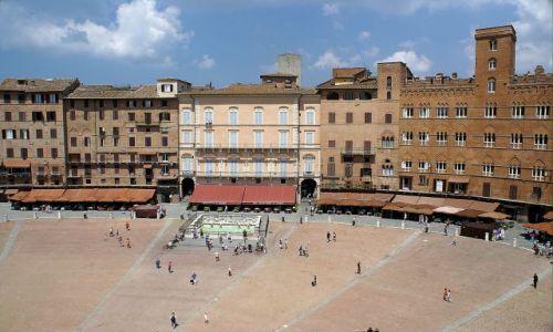 Zdjęcie WłOCHY / Toskania / Siena / Il Campo