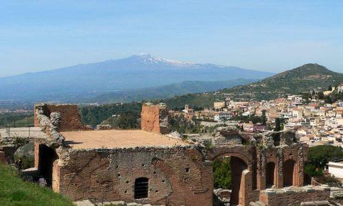 Zdjecie WłOCHY / Sycylia / Taormina / Widok na Etnę z amfiteatru w Taorminie