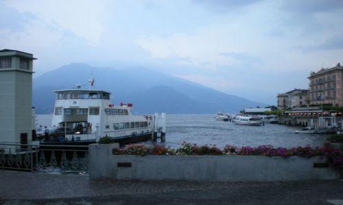 Zdjęcie WłOCHY / Como  / Jezioro Como / Wreszcie zjawił się nasz prom i popłyniemy nim w nieznaną przygodę.