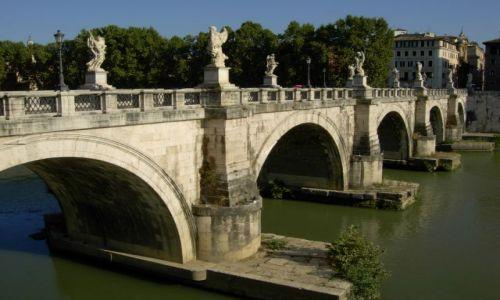 Zdjecie WłOCHY / środek kraju / Rzym / most Aniołów