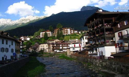 Zdjęcie WłOCHY / Dolomity / Moena / Alpejskie miasteczko