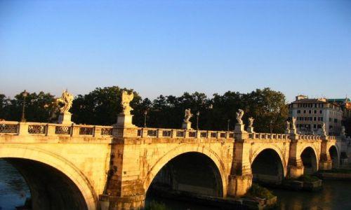WłOCHY / Lacjum / Rzym / Most Św. Anioła