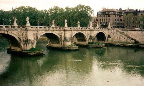 Zdjęcie WłOCHY / Lacium / Rzym /  Most Aniołów od Watykanu