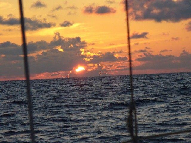 Zdjęcia: między Karaibami a Azorami, Atlantyk, Między wantami, WYSPY KARAIBSKIE