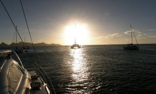 Zdjecie WYSPY KARAIBSKIE / -Karaiby / Grenadymy / Na West