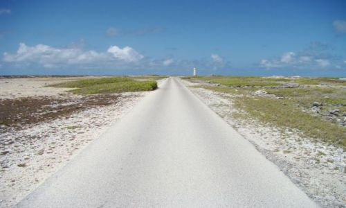 Zdjecie WYSPY KARAIBSKIE / Bonaire / brak / daleko, ale jest