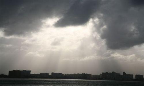 Zdjecie WYSPY KARAIBSKIE / Puerto Rico / Portoryko / San Juan / San Juan pod chmurą