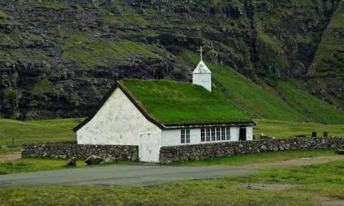 Zdjęcie WYSPY OWCZE / Streymoy / Saksun /  Biały kościół z roku 1858