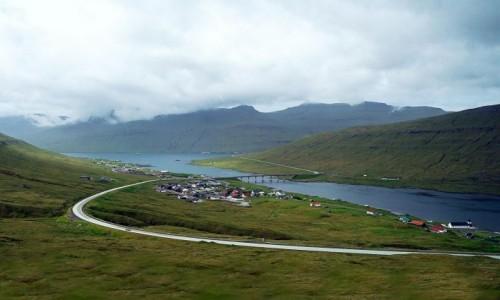 Zdjęcie WYSPY OWCZE / Eysturoy / Fuglafjørður / Z wyspy na wyspę