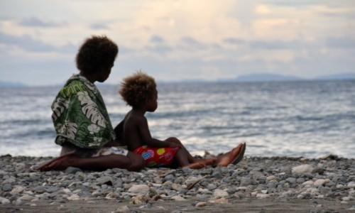 Zdjęcie WYSPY SALOMONA / Guadalcanal / Ruaniu / Macierzyństwo po salomońsku