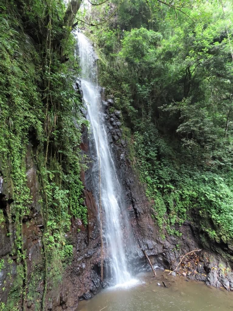 """Zdjęcia: Sao Tome, Wodospad """"Sao Nicolau"""", WYSPY ŚWIĘTEGO TOMASZA i KSIĄŻĘCA"""
