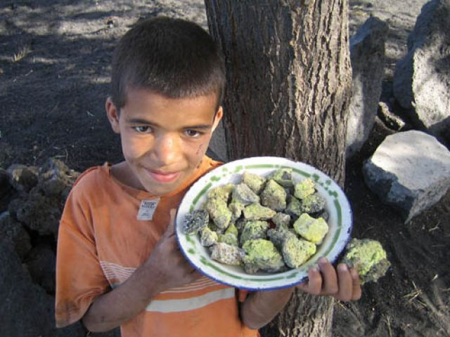 Zdjęcia: Fogo, Wyspy Zielonego Przylądka, kup Pan siarkę z Fogo, Wyspy Zielonego Przylądka