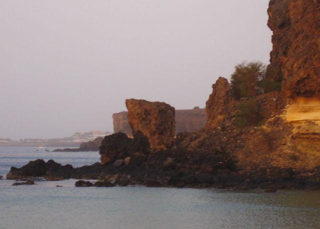 Zdjęcia: Praia, Santiago, posępne formacje, Wyspy Zielonego Przylądka