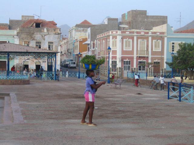 Zdjęcia: Mindelo, Sao Vincente, portowy koloryt, Wyspy Zielonego Przylądka