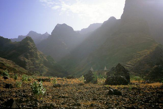 Zdjęcia: północna część wyspy, Santo Antao, promienie, Wyspy Zielonego Przylądka