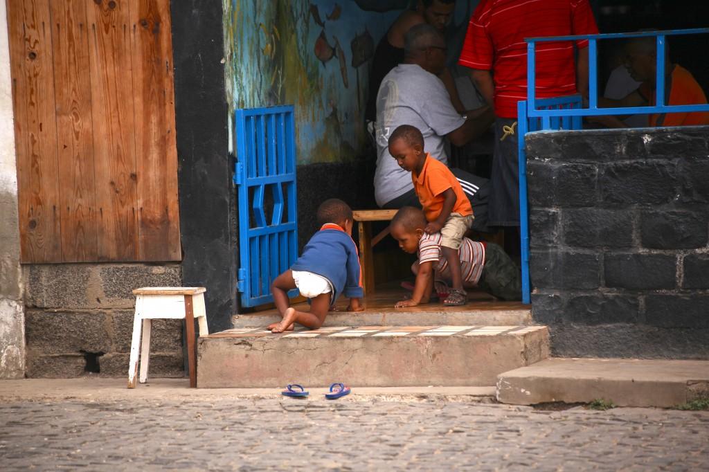 Zdjęcia: Palmeira, Wyspa Sal, Dzieci w Palmeirze, WYSPY ZIELONEGO PRZYLĄDKA