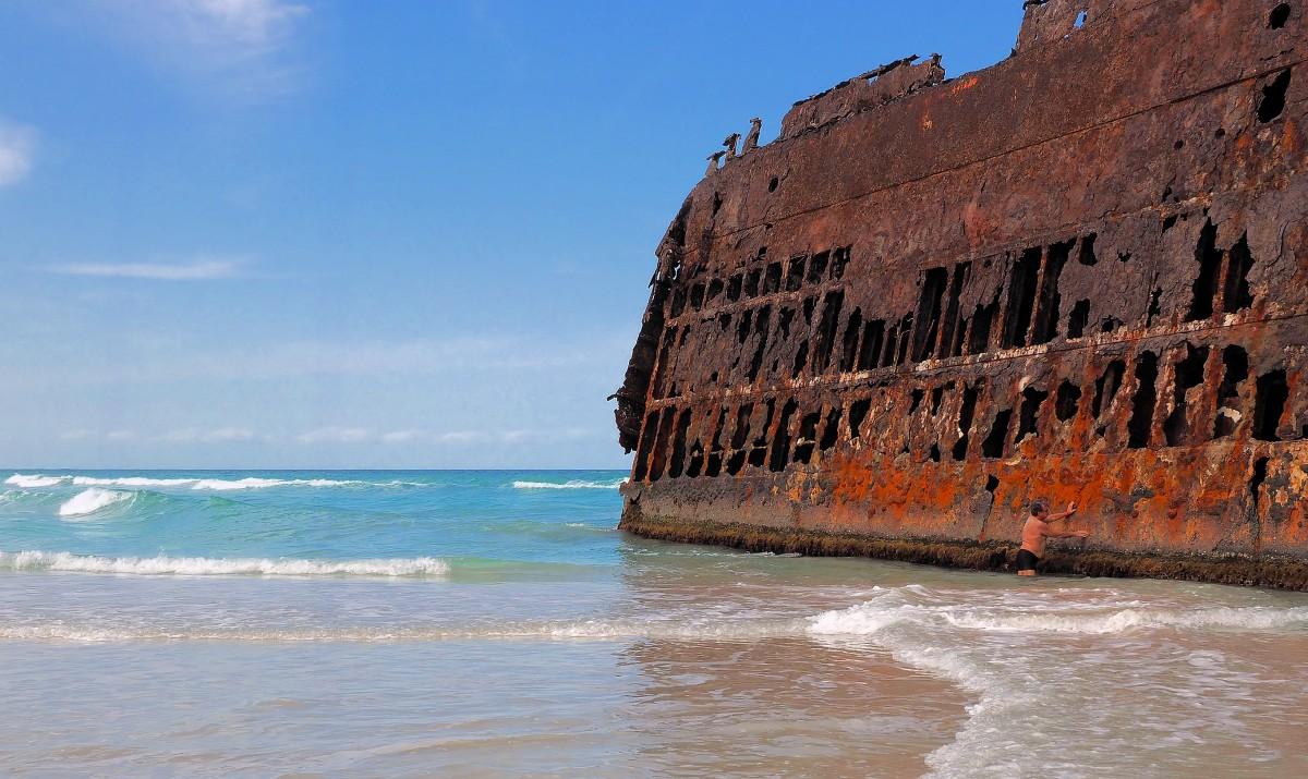 Zdjęcia: Wybrzeża wyspy, Boa Vista, Wrak na na plaży Boa Vista, WYSPY ZIELONEGO PRZYLĄDKA