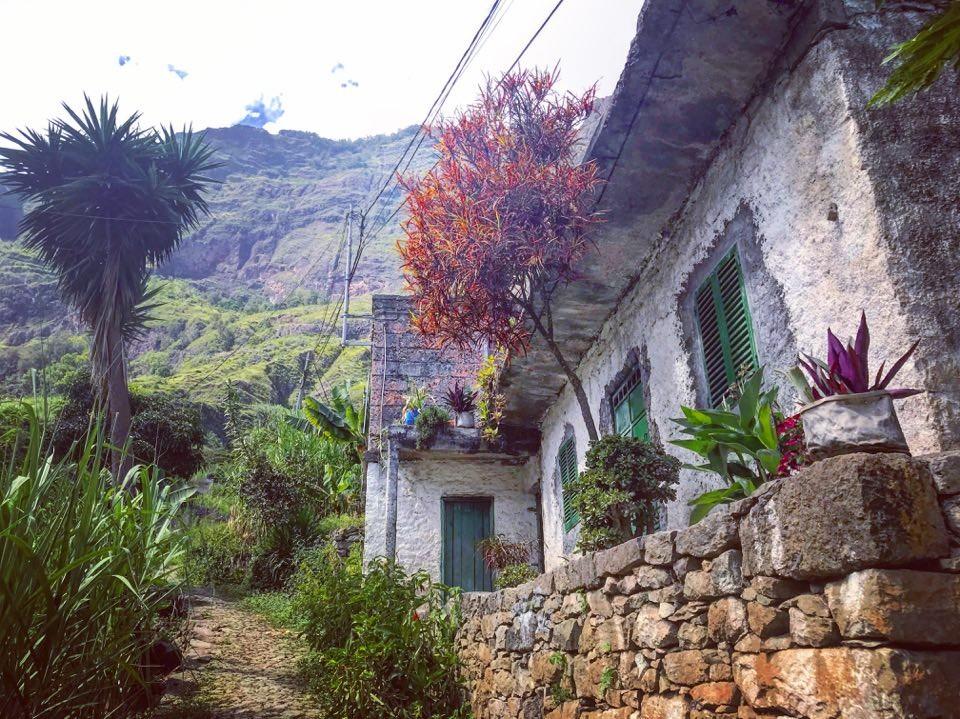Zdjęcia: droga do cova, santo antao, chatka, WYSPY ZIELONEGO PRZYLĄDKA