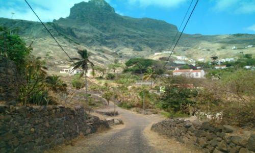 Zdjecie WYSPY ZIELONEGO PRZYL�DKA / Archipelag Cabo Verde / São Nicolau Island /  Direction - fa
