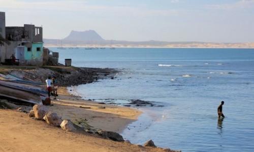 Zdjęcie WYSPY ZIELONEGO PRZYLĄDKA / Boa Vista / Wybrzeża wyspy / Port Sal Rei
