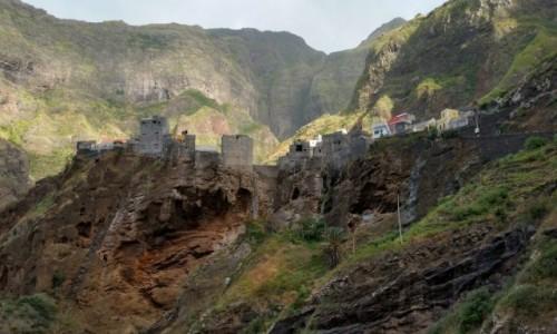 Zdjecie WYSPY ZIELONEGO PRZYLĄDKA / Ribeira Grande / Wyspa Santo Antao /  W.Z.P.   Fantainhas