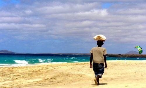 Zdjęcie WYSPY ZIELONEGO PRZYLĄDKA / Santa Maria / Plaża... / Cabo Verde