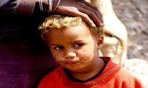 Zdjęcie WYSPY ZIELONEGO PRZYLĄDKA / Fogo / Fogo / Dzieci z Fogo