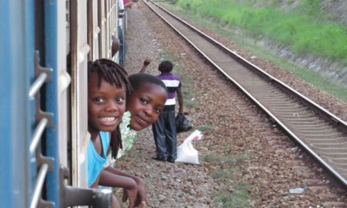 ZAMBIA / droga z Lusaki do Dar es Salaam / Tazara train / Tazara train-podr� pe�na wra�e�