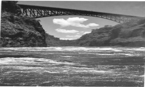 Zdjecie ZAMBIA / P�d. Zambia / Livingstone / Most