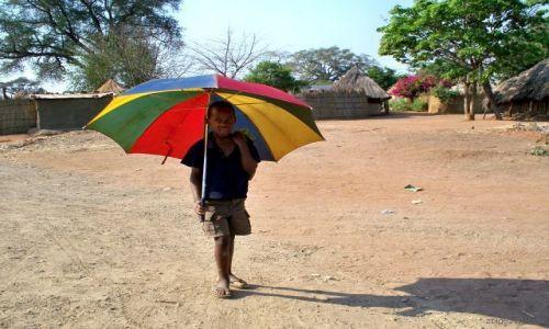 ZAMBIA / Livingstone / Mukuni Village / Ch�opiec