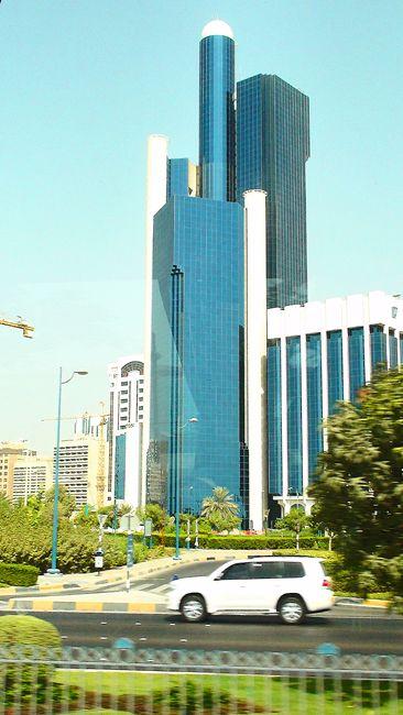 Zdjęcia: Abu Dhabi, Emirat Abu Dhabi, W świecie blichtru i religii, ZJEDNOCZONE EMIRATY ARABSKIE