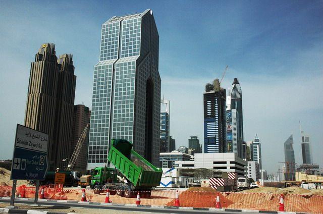 Zdj�cia: Dubai, Praca ci�gle wre, ZJEDNOCZONE EMIRATY ARABSKIE