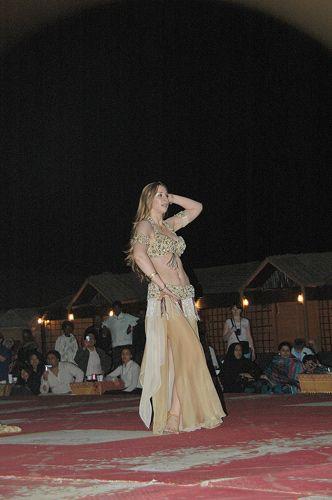 Zdj�cia: oaza -LAHBAB, LAHBAB, tancerka, ZJEDNOCZONE EMIRATY ARABSKIE
