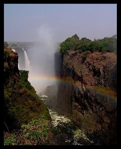 Zdjęcia: Victoria Falls, Tęczowo..., ZIMBABWE