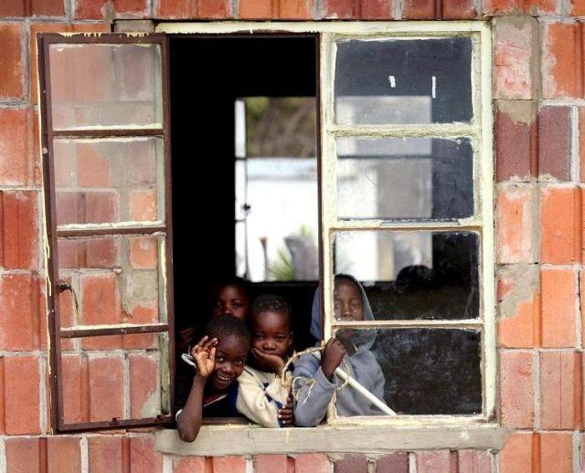 Zdjęcia: szkoła w Mpindo, Mpindo, ZIMBABWE