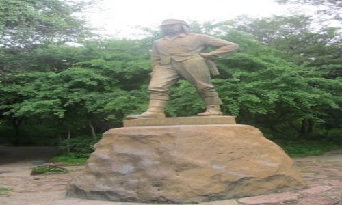 Zdjęcie ZIMBABWE / Zimbabwe / Zimbabwe / Pomnik Livingstona - Zimbabwe