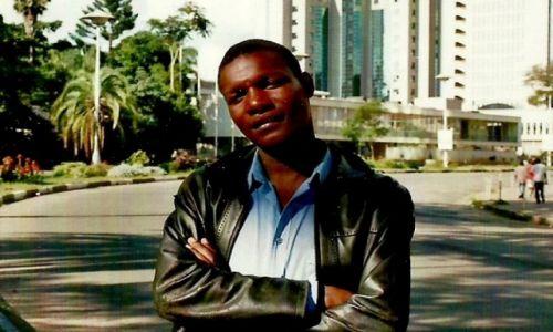 Zdjęcie ZIMBABWE / Stolica / Harare / Stoję