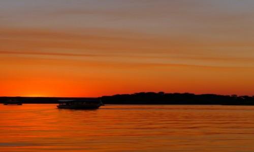 Zdjęcie ZIMBABWE / Pół.  zachodnie Zimbabwe / Rzeka Zambezi / Romantico na Zambezi