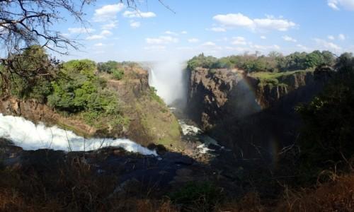 Zdjęcie ZIMBABWE / Pół.  zachodnie Zimbabwe / Wodospady Wiktorii  / Wodospady Wiktorii jeszcze z innej strony
