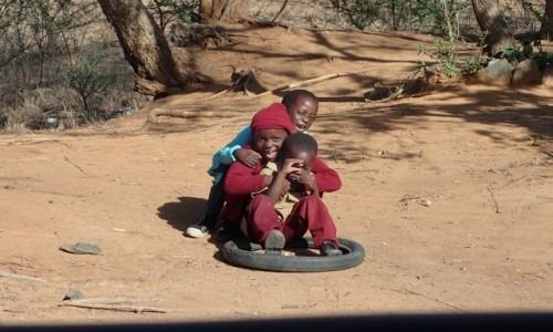 Zdjęcie ZIMBABWE / Zachodnie Zimbabwe  / Matobo Hills  / Śmieszki bez przednich jedynek